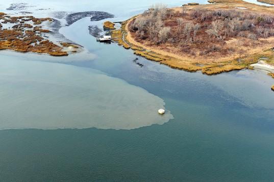 تصفیه طبیعی فاضلاب به وسیله دریا